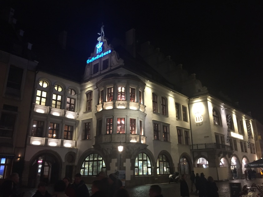 Haufrauhaus.jpg