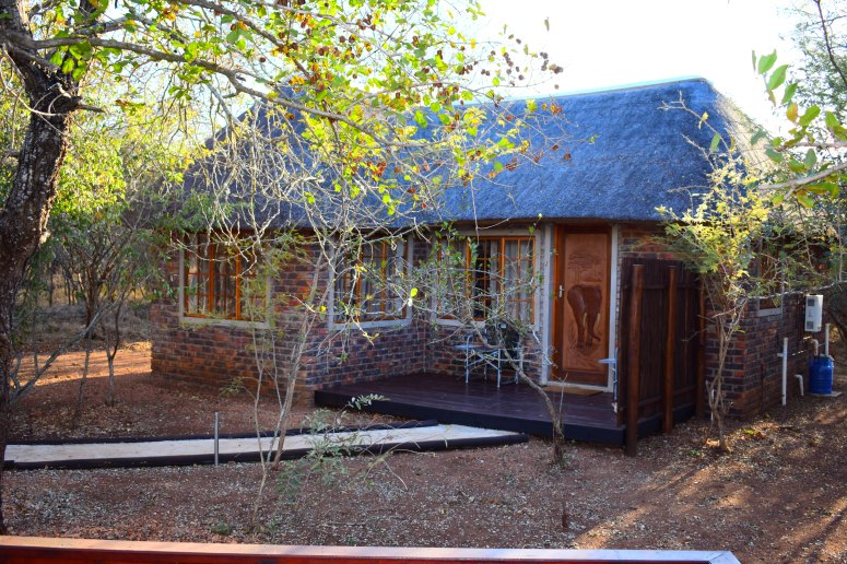 Kruger Tusk Bush Lodge.JPG